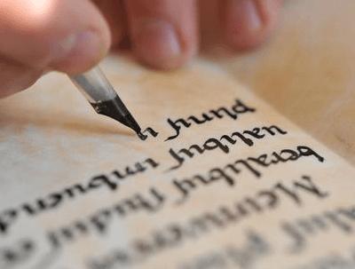 Eine Glosse schreiben – eigene Texte verfassen leicht gemacht