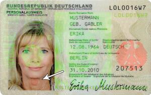Roter Punkt auf dem Personalausweis unten links