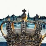"""Was bedeutet es """"kronloyal"""" zu sein? Einfache Erklärung"""